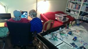 Christian og Callum øver på Minecraft i dag