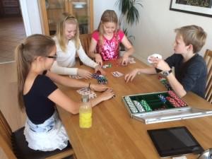 Vi øver på poker